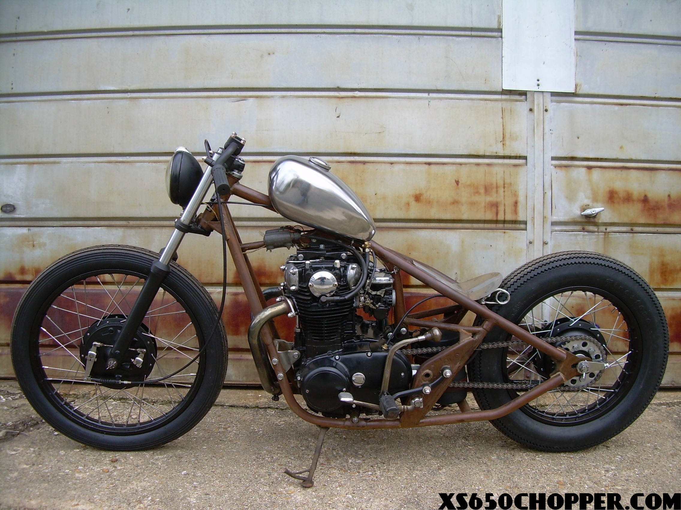 Yamaha XS650 bobber: THE FONG BROS!