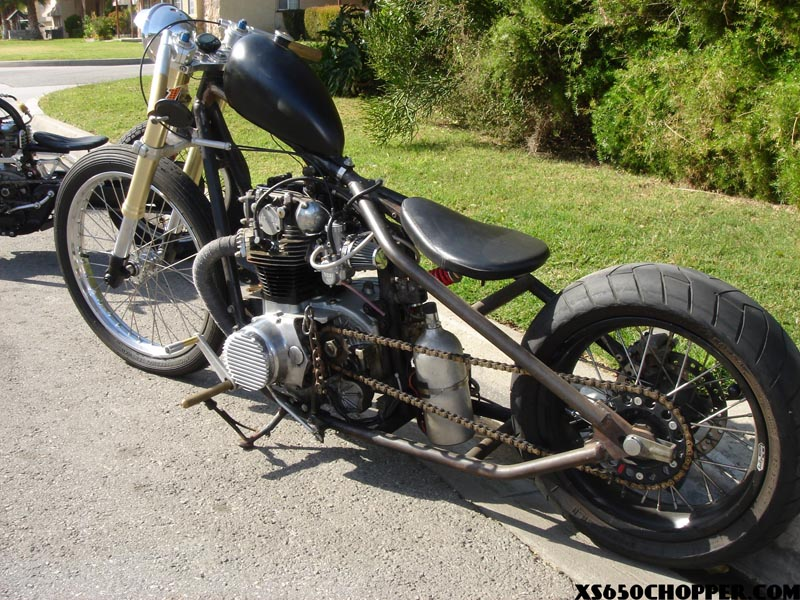 Another! Unique xs650 Bobber