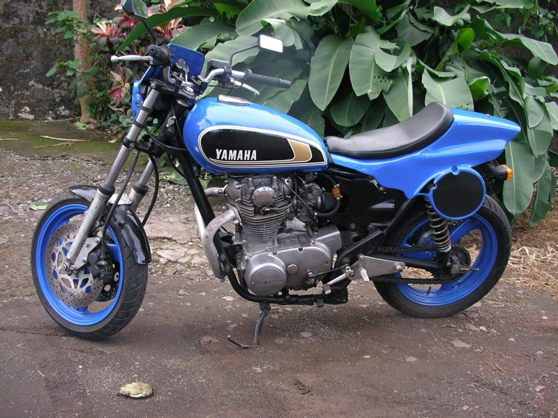 xs 447 model, year 1975 racer convertion