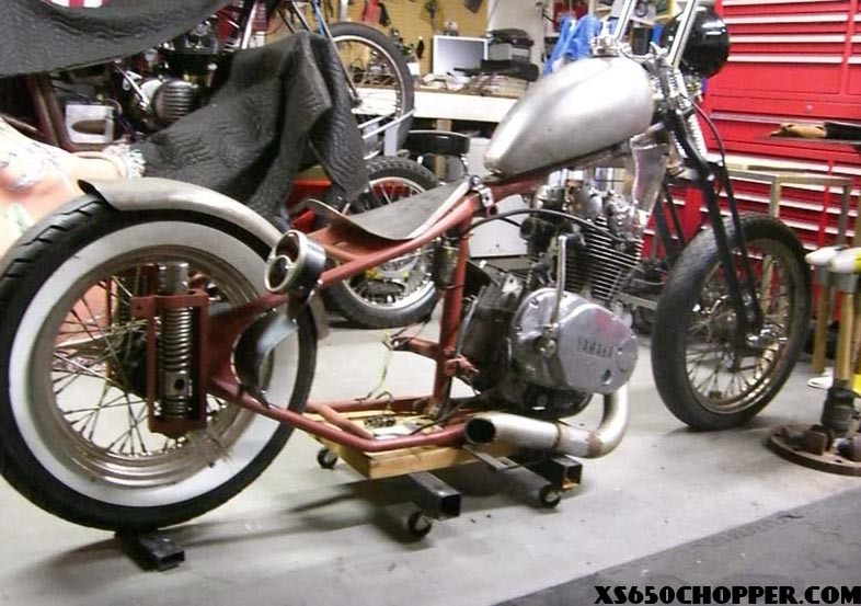 here is one more of migbrons kustoms its powered by a 1980 xs650 and setting in a 71 triumph frame - Xs650 Frame