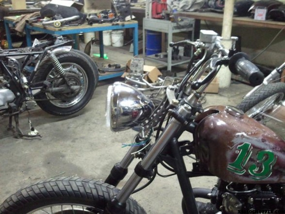 xs650 chop noid 2011 04 20 173427 587x440 OTB Fabs scrap parts XS.