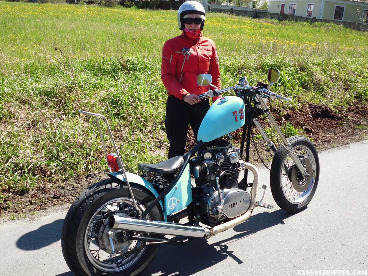 monika-black-turquoise-bike